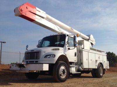 Altec AA755-MH Bucket Truck