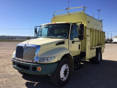 2007 International 4200 Chipper Dump Truck