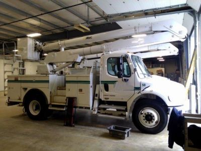 Altec AA500-P Bucket Truck