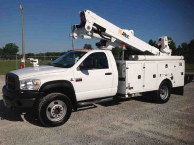 Altec AT40-MH Material Handling Bucket Truck