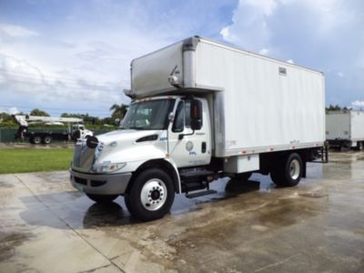 2012 International 4300 Van Body Truck