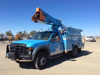 TEREX TL38P ON FORD F550 4X4 SERVICE TRUCK