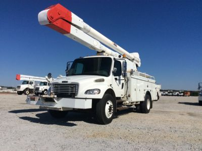 ALTEC AA755-MH, MATERIAL HANDLING BUCKET ON 2007 FREIGHTLINER M2 UTILITY TRUCK