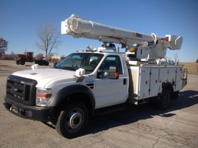 Altec L37MR Over-Center Material Handling Bucket Truck