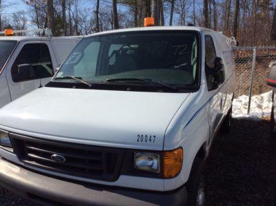 2003 INTERNATIONAL 4300 ENCLOSED CREW CAB UTILITY TRUCK