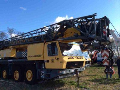 2003 Grove 82.5 Ton to 90-Ton Hydraulic All-Terrain Crane