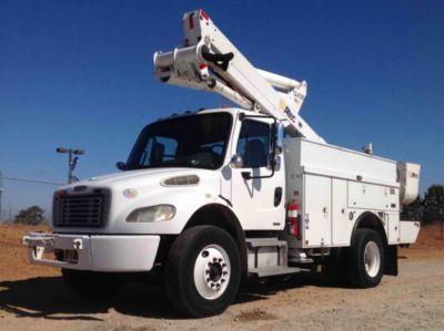 Altec TA45M Material Handling Bucket Truck