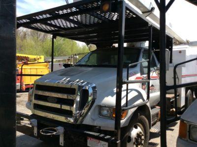 Versalift VO255REV-01 Bucket Truck