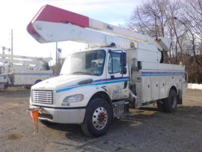 Altec A55-OC Material Handling Bucket Truck
