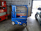 1998 UpRight TM12 Self-Propelled Manlift