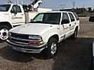 2000 Chevrolet Blazer 4x4 4-Door Sport Utility Vehicle
