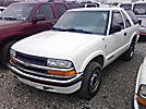 2000 Chevrolet Blazer LS 4x4 2-Door Sport Utility Vehicle