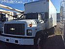 2000 Chevrolet C7500 Van Body Truck