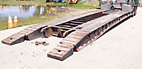 2000 Dynaweld 35-Ton T/A Non-Ground Bearing Detachable Lowboy Trailer