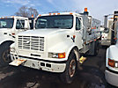 2000 International 4700 Flatbed Truck