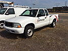 2003 GMC Sonoma 4x4 Extended-Cab Pickup Truck