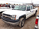 2004 Chevrolet K2500HD 4x4 Extended-Cab Pickup Truck