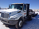 2004 International 4400 Flatbed Truck