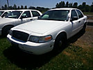 2005 Ford Crown Victoria 4-Door Sedan