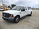 2005 Ford F350 Extended-Cab Pickup Truck
