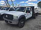 2005 Ford F550 Extended-Cab Flatbed Truck
