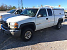 2005 GMC C2500HD Extended-Cab Pickup Truck