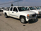 2005 GMC K1500 4x4 Extended-Cab Pickup Truck