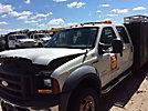 2006 Ford F550 4x4 Crew-Cab Flatbed Truck