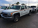 2006 GMC C2500HD Extended-Cab Pickup Truck