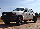 2007 Ford F350 4x4 Crew-Cab Flatbed Truck
