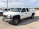 2007 GMC C2500HD Extended-Cab Pickup Truck