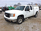 2009 GMC C2500 Extended-Cab Pickup Truck