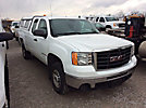 2009 GMC C2500HD Extended-Cab Pickup Truck