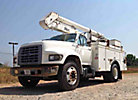 Altec A0-300, Bucket Truck, center mounted on, 1998 Ford F800 Utility Truck