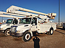 Altec AA600L, Bucket Truck, rear mounted on, 2005 International 4300 Utility Truck