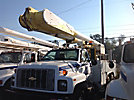 Altec AM855-MH, Over-Center Material Handling Bucket Truck, rear mounted on, 2000 Chevrolet C7500 Utility Truck
