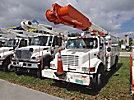Altec AM855-MH, Over-Center Material Handling Bucket Truck, rear mounted on, 2001 International 4900 Utility Truck