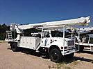 Altec AM900, Bucket Truck, rear mounted on, 2001 International 4800 4x4 Utility Truck