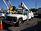 Altec AT235, Articulating & Telescopic Non-Insulated Bucket Truck, mounted behind cab on, 2000 Chevrolet C3500HD Service Truck