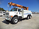 Altec D1000-TR, Digger Derrick, rear mounted on, 1997 International 4900 6x6 Utility Truck