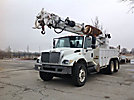 Altec D3060-TR, Digger Derrick, rear mounted on, 2006 International 7400 T/A Utility Truck