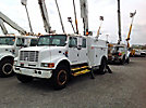 Altec D842-ABC, Hydraulic Crane, corner mounted on, 2000 International 4900 Crew-Cab Utility Truck