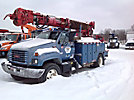 Altec D845-ATR, Digger Derrick, rear mounted on, 2000 GMC C7500 Utility Truck