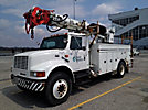 Altec D845-ATR, Digger Derrick, rear mounted on, 2001 International 4900 Utility Truck