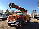 Altec D947-TR, Digger Derrick, rear mounted on, 2000 International 4800 4x4 Utility Truck