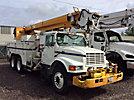 Altec D947-TR, Digger Derrick rear mounted on 1998 International 4900 T/A Utility Truck