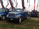 Altec D947-TR, Digger Derrick rear mounted on 2001 International 4700 Utility Truck
