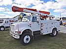 Altec L42A, Over-Center Bucket Truck, center mounted on, 2000 International 4800 4x4 Utility Truck