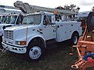 Altec L42A, Over-Center Bucket Truck center mounted on 2002 International 4700 Utility Truck