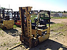 Caterpillar F30 Solid Tired Forklift